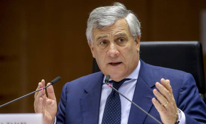 Antonio Tajani se muestra muy crítico con las prácticas de Google, Airbnb y Uber
