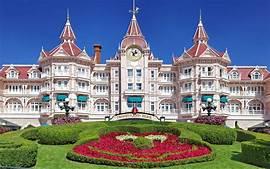 Disneyland Paris transformará su icónico hotel
