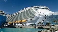 La naviera Royal Caribbean regresa a Barcelona