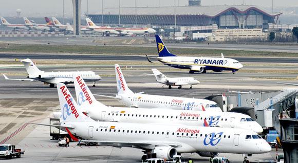 El tráfico aéreo gana cuota en España tras años de caídas