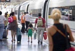 CEAV, contra las nuevas exigencias a las agencias que vendan billetes de tren