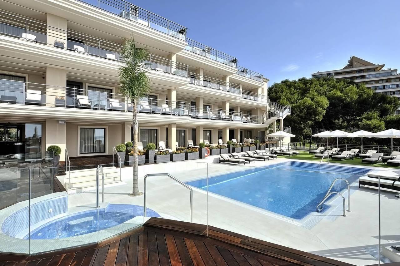 Los jjoo disparan la noche en hotel hasta los 283 euros for Listado hoteles 5 estrellas madrid