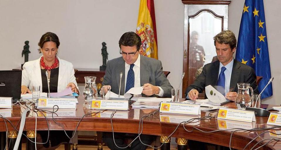 CCOO y UGT piden que el asesoramiento a TurEspaña no recaiga en 'lobbies'