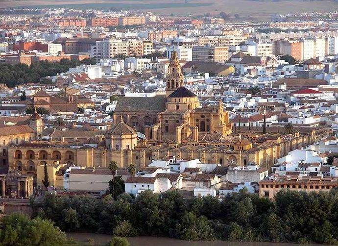 Andalucía, entre las regiones turísticas con mayor rentabilidad hotelera