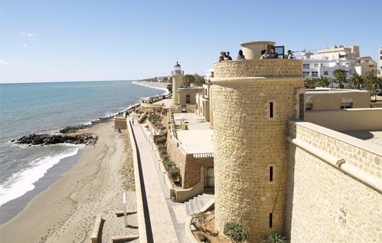 Los viajes de los españoles al extranjero cayeron un 80% durante el verano