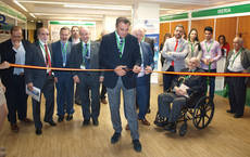 El presidente de CEAV, Rafael Gallego, ha inaugurado el Salón.
