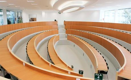 La UNED inaugura un aula en Pontevedra para acoger congresos