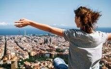 Los jóvenes españoles prefieren empleos que les permitan viajar (Foto: Rumbo).