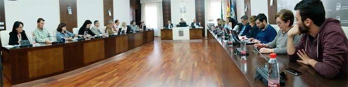 El pleno del Ayuntamiento de Villanueva de la Serena.