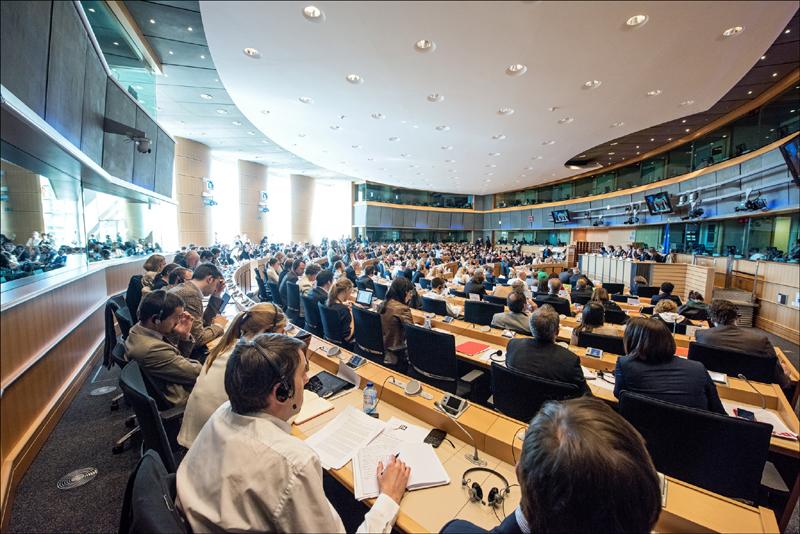 Bruselas propone una nueva política de visados
