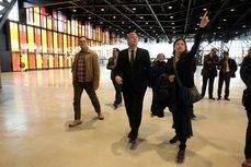 La visita al Palacio de Exposiciones.