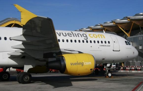 Fomento podría sancionar a Vueling con más de cuatro millones de euros