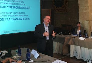 Farmaindustria explica su código a abogados de Madrid