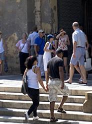 Las oficinas de turismo de la Junta de Andalucía atienden más de un millón de consultas en el primer semestre