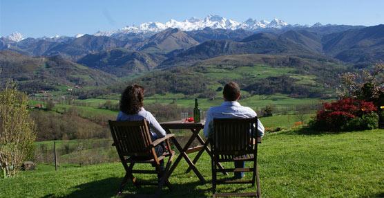 Extremadura y País Vasco son los destinos que más fidelizan en turismo rural, muy por encima de la media
