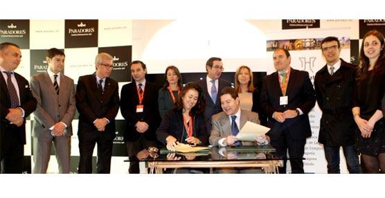 Paradores de Turismo y el Grupo Ciudades Patrimonio acuerdan la promoción conjunta de determinadas localidades