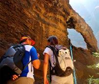 Aumentan los turistas extranjeros que visitan pueblos de España mientras el turismo nacional cae un 9,5%
