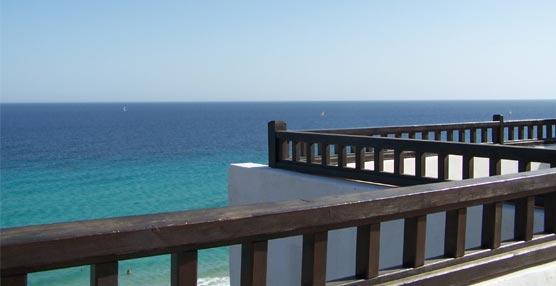 Fuerteventura vuelve a liderar las zonas turísticas de España, con una estancia media de 9,7 días el pasado mes de enero