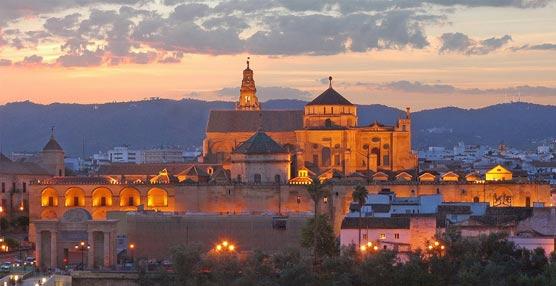 El Gobierno andaluz se une con los agentes sociales de Córdoba  contra la clandestinidad en el sector turístico