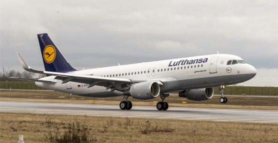 Lufthansa revisa a la baja su previsión de beneficios por el exceso de capacidad, los impagos de Venezuela y las huelgas