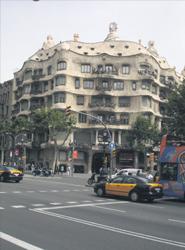 El Ayuntamiento de Barcelona ha recaudado siete millones de euros desde la entrada en vigor de la tasa turística