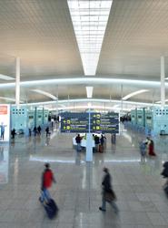 El avión pierde usuarios en comparación con 2013.