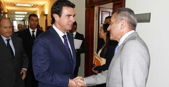 Soria insiste en la predisposición de las empresas españolas 'a participar en el desarrollo turístico de Marruecos'