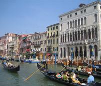 El Turismo internacional crece un 5% hasta agosto a pesar de los 'retos geopolíticos y la renqueante recuperación económica'