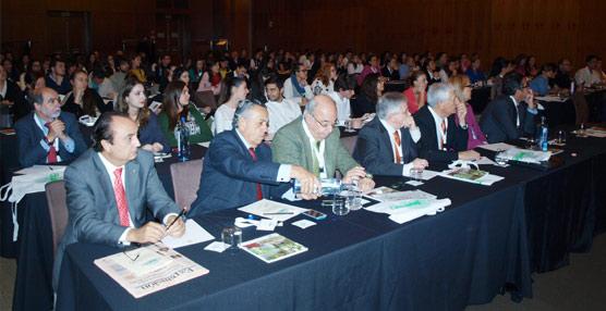 Entidades públicas y sector privado apuestan por un modelo de desarrollo turístico respetuoso con el medioambiente
