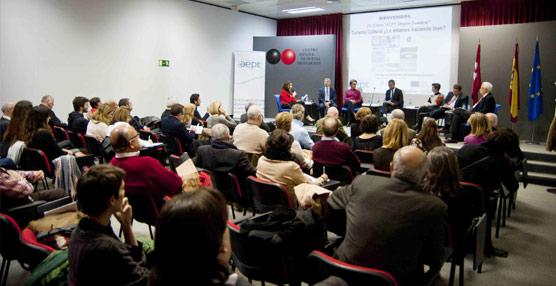 Los empresarios destacan en el Foro de la AEPT el papel clave de la cultura para diversificar la oferta turística española