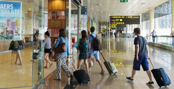 El Gobierno prevé 'continuidad en el ritmo de crecimiento' de las llegadas de turistas y del gasto en los primeros meses de 2015
