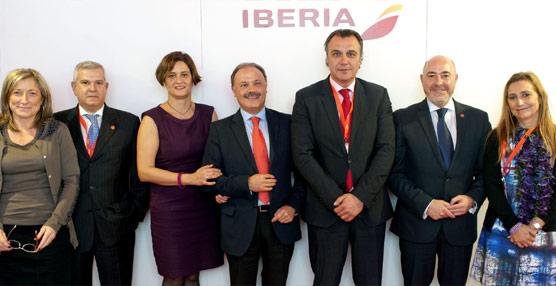 Iberia reafirma su compromiso con el canal de agencias con sendos acuerdos de colaboración con CEAV y UNAV