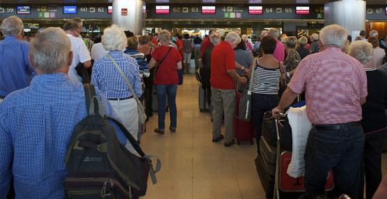 El uso del 'paquete' por parte de los turistas que visitan España se estanca en el segundo semestre de 2014 y en el arranque de 2015