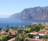 Las patronales canarias advierten del 'error fatal' que supondría implantar una tasa turística en el Archipiélago
