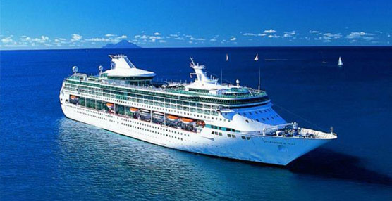 TUI AG inicia su plan de modernización de la flota de cruceros con la adquisición del buque Splendour of the Seas