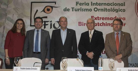 Unos 10.000 visitantes y cerca de 100 expositores se dan cita en la décima edición de la Feria de Turismo Ornitológico