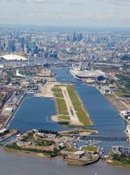 El 54% de los pasajeros del London City Airport gestiona el 'check-in' de forma 'online'