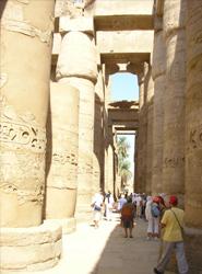 El presidente de Egipto visita esta semana España para potenciar la llegada de turistas y atraer inversiones
