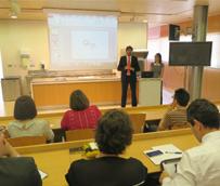 Turismo de Murcia muestra a los responsables de hoteles y apartamentos de la Región cómo aumentar sus reservas online