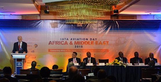 IATA insta a los gobiernos africanos a tomar medidas para 'impulsar la conectividad aérea y el desarrollo de infraestructuras'