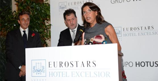 El acto de reapartura del Eurostars Excelsior de Nápoles reúne a decenas de personalidades en el mítico hotel